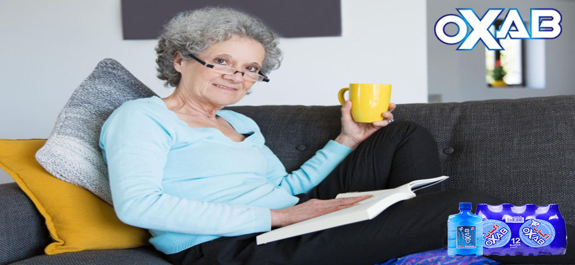 مزایای نوشیدن آب غنی شده با اکسیژن برای سالمندان