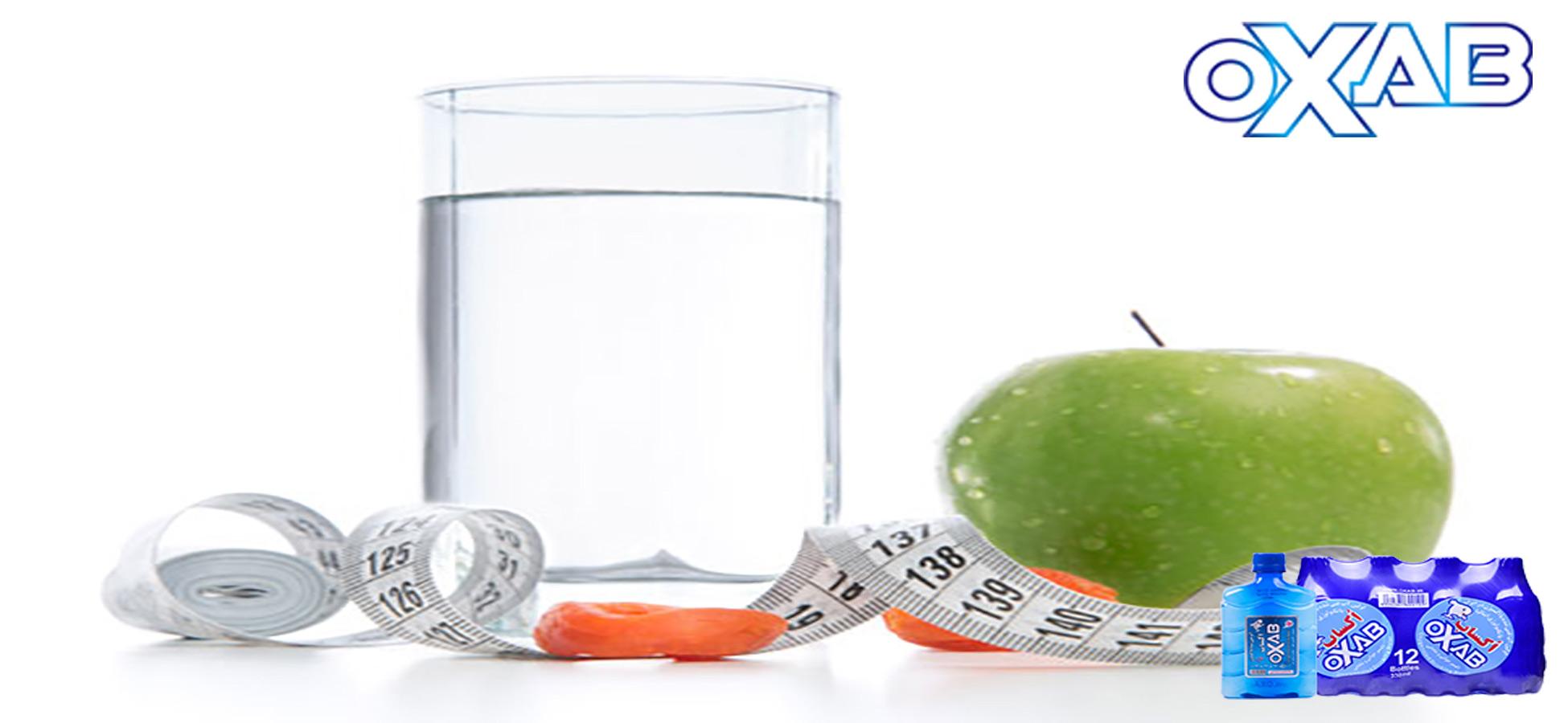 درمان چربی شکم با آب آشامیدنی